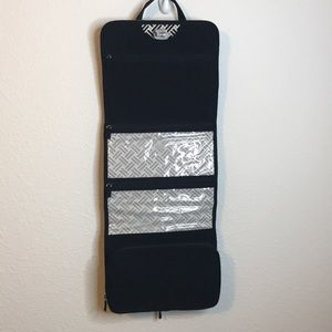 Vera Bradley Bags - Vera Bradley Hanging Toiletry Organizer